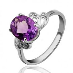 1.5 Carats solitaire Amethyst engagement ring for women