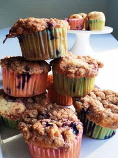 Food Inspiration, Donuts, Deserts, Food And Drink, Cupcakes, Snacks, Baking, Breakfast, Buns