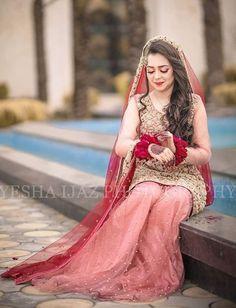 Nikah Pakistani Wedding Outfits, Pakistani Dresses Casual, Pakistani Wedding Dresses, Wedding Dresses For Girls, Party Wear Dresses, Bridal Outfits, Nikkah Dress, Bridal Photoshoot, Bridal Pics