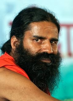 Baba Ramdev, crowd-magnet: 15,000 people at his camp http://ndtv.in/MAzZ78