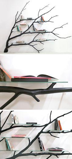 나뭇가지 모양으로 책나무 처럼 책꽂이를 만든게 깔끔하기도하고 자연물에서 따와 디자인한 것이 매력적이라고 생각이 듭니다. 하지만 양 옆에 책을 세울 수 있게 받쳐주는것이 없어서 책이 잘 떨어질거 같다는 생각이 들어 디자인은 좋지만 실용성 부분에선 약간 떨어진다는 생각이 듭니다.
