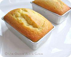 une gamine dans la cuisine: Mini Orange-Almond Cakes
