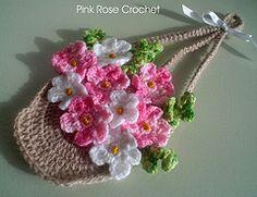 Pega Panelas Cesta de Flores Rosa Crochet