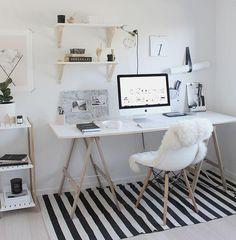 H A B I T A N 2 Decoración handmade para hogar y eventos www.habitan2.com Simple Workspace Styling (The Design Chaser)