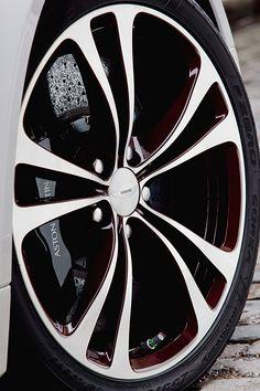 aston martin V12 vantage roadster   designboom