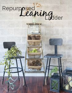Looking for a great repurposed leaning ladder storage idea. Look no further than using an old wood ladder and a few wire storage baskets. Come over to see how easy it is to make. Ladder Storage, Wire Basket Storage, Wire Storage, Repurposed Furniture, Diy Furniture, Repurposed Doors, Furniture Makeover, Old Wood Ladder, Decorating Your Home