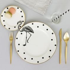 Art plates by Yvonne Ellen. I need this utensil set.