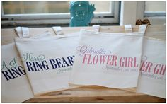 Adorable flower girl & ring bearer totes!! ilu.lily designs via Etsy { www.ilulily.etsy.com }