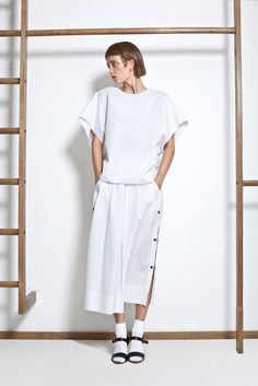 Lemaire Spring 2012 Ready-to-Wear Fashion Show - Iekeliene Stange