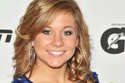 Shawn Johnson adorably cute.... plus gets extra points for flexibility.