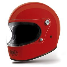The first fully ECE homologated (both helmet and visor) truly retro full face helmet. The Premier Trophy is a replica of the shape of the original Premier helmet from the 1970's as used by Phil Read, but made from the most modern materials to the highest standards. Watch our video review for more info (below main image).