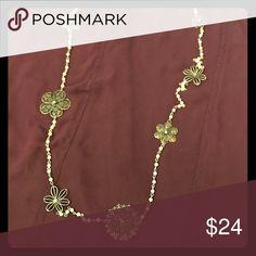 NWOT Long Vintage Pearl & Flower Necklace NWOT Long Vintage Pearl & Flower Necklace Looks Gorgeous With Warm Sweaters, Dresses, & Tunics Boutique Shop In St. Armands Circle, Sarasota, FL Jewelry Necklaces