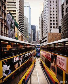 Traffic jam in Central #hongkong #hk #street #city #travel (à Hong Kong)