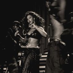 #marchismagical Get physical 💃🏽 I fricken love to dance to the @beyonce Experience live show 💖 GIF is 🎶Baby Boy🎶 💖 I've had the DVD for like 10 years. These days I you tube it up but it's still my fave dance up a storm {in the privacy of my own living room}  You can definitely get a sweat up 💦 I started out a Jay Z fan although I liked Destiny Child, now Beyoncé runs the world 🌎 💗 Whats your fave Beyoncé song? Have you seen her live? Let me know in the comments below ⬇️ 💖