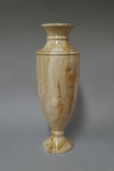 Maple vase by Michael Ball Lathe Projects, Wood Turning Projects, Wood Projects, Woodworking Projects, Wood Crafts, Diy And Crafts, Contemporary Vases, Cremation Urns, Wood Bowls