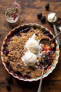 Just Desserts, Delicious Desserts, Dessert Recipes, Easy Summer Meals, Summer Recipes, Lemon Herb Chicken, Cookie Crisp, Half Baked Harvest, Crisp Recipe
