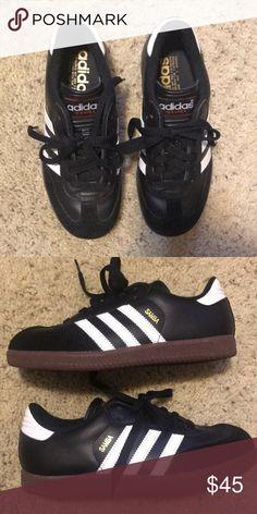 e7e9094c244f Adidas sambas kids 4.5/ women's 6.5 worn twice Black leather/ suede with  white stripes
