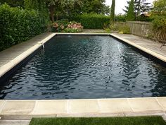 1000 images about piscine on pinterest pools swimming pools and garage guest house for Liner noir piscine