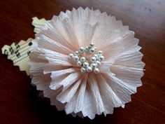 Crepe Paper Flower--no directions, just keeping for the idea