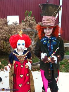 The Mad Hatter and The Queen of Hearts - Homemade costumes for kids. Someone worked really hard on these :)