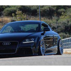 Audi TT Slammed Source by posetc Audi Tt, Audi Cars, Audi A5 Convertible, Clio Sport, Audi Allroad, Good Looking Cars, Alfa Romeo Cars, Bmw Series, Air Ride