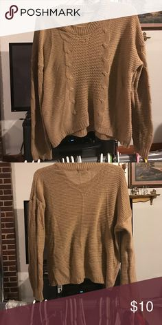 TAN SWEATER TOP I only worn it once! Its in Perfect condition Sweaters Crew & Scoop Necks