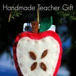 Handmade Teacher Gift: Apple Ornament with Gift Card Pocket