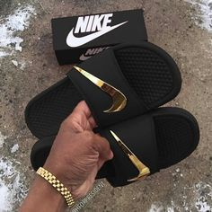 """33cb4e2f03559 View My Story ₆⁶₆  follow me ↗ on Instagram  """"Nike Slides 🔥🤩 1"""