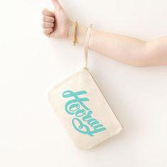 Pochette trousse Hooray par Alphabet bags - 100% coton - cadeau - Boutique La Rose Pourpre - Typo - Typographie