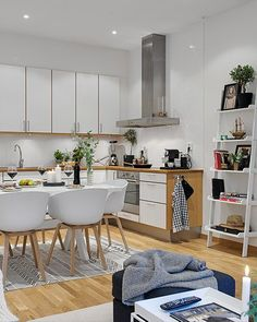 54 Nordic m² that look like double In addition to taking advantage of the space, joining rooms (living room-kitchen-dining room), […] Scandi Home, Stylish Kitchen, Cuisines Design, Open Plan Kitchen, Kitchen White, Living Room Kitchen, Family Kitchen, Kitchen Nook, Apartment Design