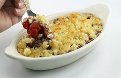 Cherry or Berry Fruit Crisp Recipe - this looks soooooo good! Are you hankering for a cobbler?