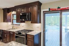 Commack Cerise | Consumers Kitchen Showcase Design | Long Island NY