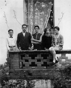 by Pablo Ortiz Monasterio, Frida Kahlo with her family, 1926