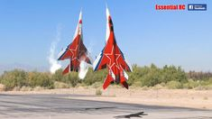 Spectacular Videos of RC Mikoyan OVT Vectored Thrust Demo - Fighter Jets World Russian Jet, Russian Plane, Airplane History, Russian Fighter Jets, Thrust Vectoring, Vector Control, Military Jets, Action Film, Air Show