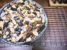 so British Coriander, Cake Cookies, Asparagus, Acai Bowl, Spoon, Oatmeal, Avocado, British, Sweets