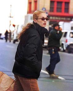 "Carolyn Bessette Kennedy HD on Instagram: ""• •November 1997 •Tribeca NYC #CarolynBessetteKennedy #CarolynBessette #Kennedy #CBK #JohnFKennedyJr #JohnFKennedy"" Carolyn Bessette Kennedy, John F Kennedy, Fall Accessories, Fashion Accessories, Jfk, Canada Goose Jackets, Autumn Fashion, Fall Winter, Winter Jackets"