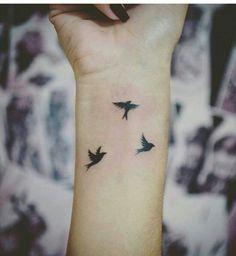 nehéz tetováló művészt randevúzni?