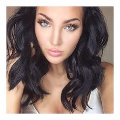 Amazing galleries and videos about beauty! Sexy Makeup, Beauty Makeup, Makeup Looks, Hair Makeup, Hair Beauty, Makeup Inspo, Soft Black Hair, Dark Hair, Natalie And Olivia