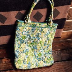 Vera Bradley handbag Vera Bradley handbag Vera Bradley Bags Totes