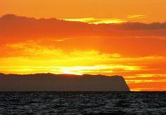 Kauai Sunset,  Hawaii by moonjazz, via Flickr