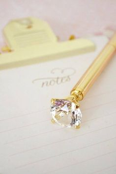 Wedding pen with clear diamond decoration.
