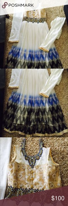 Anarkali Indian Bollywood outfit dress 3 piece set Brand new. Bust is size 34. 3 piece set. Dresses