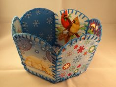 Recycled Christmas Card Basket -with yoyomax12.  Adorable!!!  Great for giving as baskets filled with goodies!