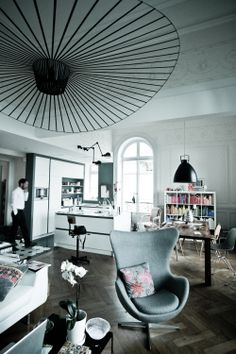 1000 images about petite friture you on pinterest vertigo stockholm and hotel lobby. Black Bedroom Furniture Sets. Home Design Ideas