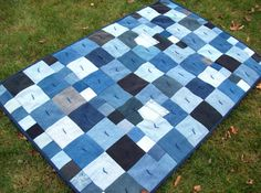 Denim Quilt..Like this!  what a great idea for worn out denim anything... think yard sales also to collect more!