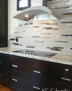 Contemporary Kitchen Backsplash Idea