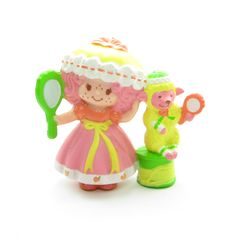 Peach Blush with Melonie Belle Getting Ready for Bed figurine