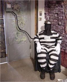 Décoration d'halloween : chaise électrique de prisonnier avec mouvement…
