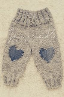 "сладкой жизни и вещей [ ""wool pants from sweet living and th… - Knitting Ideas Knitting Blogs, Knitting For Kids, Baby Knitting Patterns, Baby Patterns, Free Knitting, Baby Leggings, Baby Pants, Baby Dungarees, Toddler Pants"