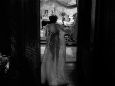 Few films capture the feel of Hollywood better than director Billy Wilder 's Sunset Boulevard (1950). Though much of the movie feels...